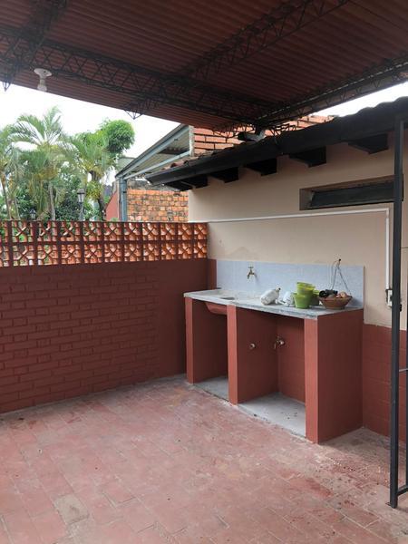 Foto Departamento en Alquiler en  Pinozá,  San Roque  Zona Emergencias Médicas
