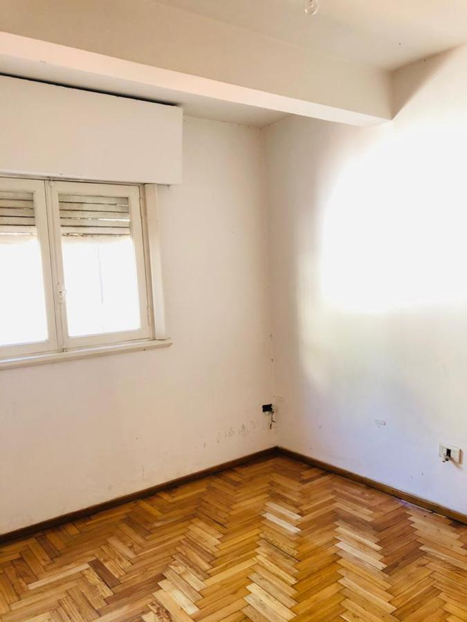 Foto PH en Venta en  Parque Patricios ,  Capital Federal  Inclan al 2700
