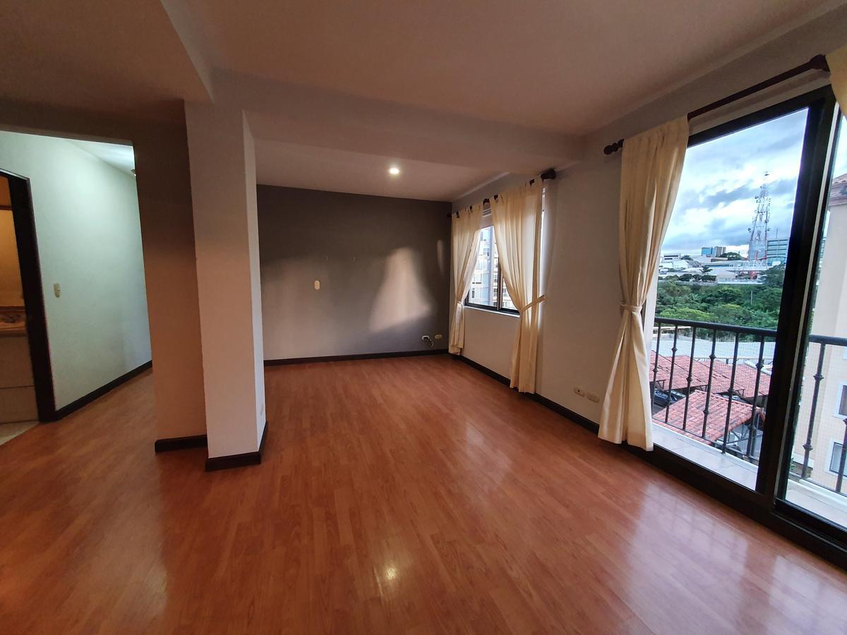 Foto Departamento en Renta en  Uruca,  San José  Apartamento por San José Palacio / Exc ubicación / Amplio