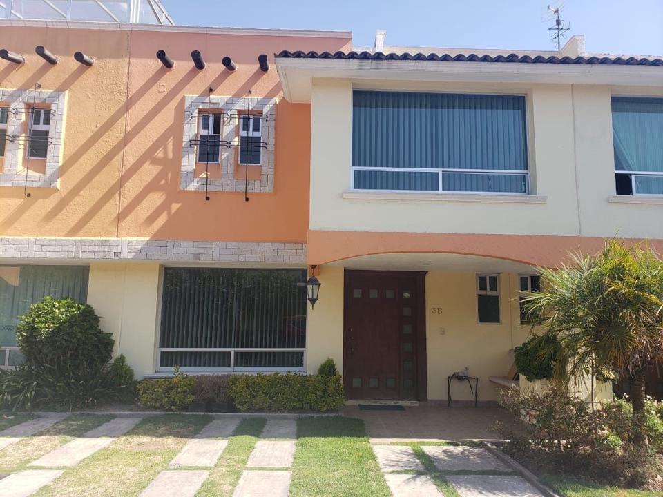 Foto Casa en condominio en Venta en  San Salvador Tizatlalli,  Metepec  VENTA DE CASA EN REAL DE AZALEAS METEPEC