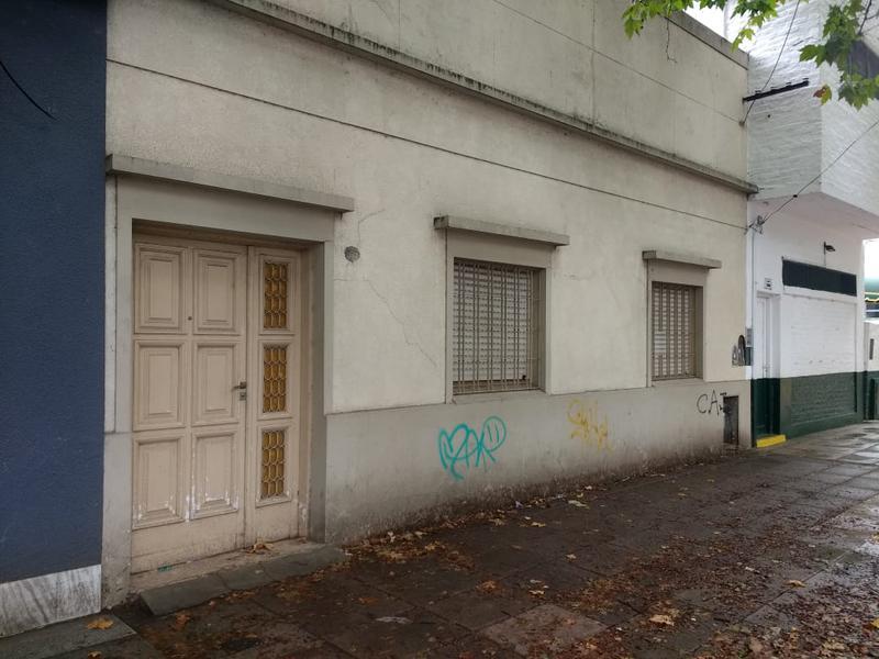 Foto Casa en Venta en  Ituzaingó Sur,  Ituzaingó  Mariano Acosta al 200