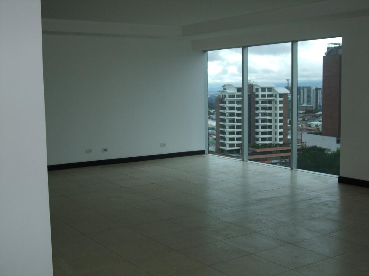 Foto Departamento en Renta en  Mata Redonda,  San José  Sabana / 200 m2 / 3 habitaciones / Línea blanca