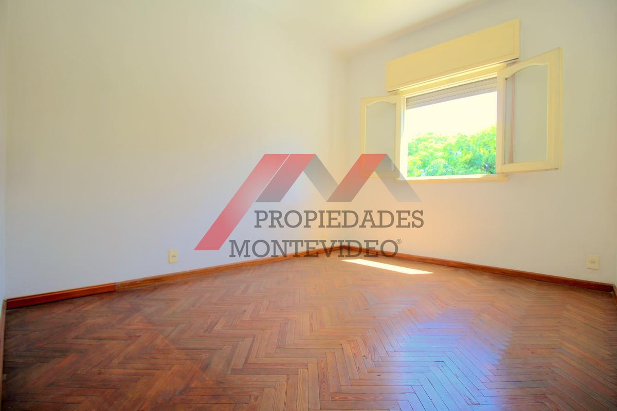 Foto Apartamento en Alquiler en  Parque Batlle ,  Montevideo  Parque batlle - Av. Ricaldoni al 2800