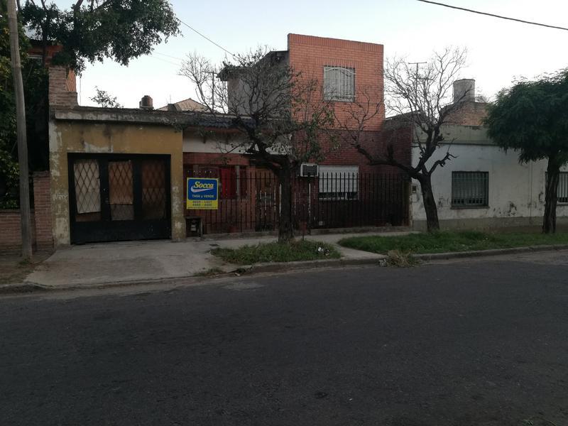 Foto Casa en Venta en  Villa Luzuriaga,  La Matanza  Labarden al 2900