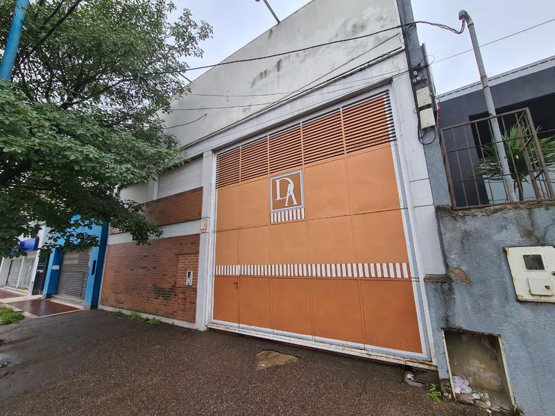 Foto Edificio Comercial en Alquiler en  San Miguel De Tucumán,  Capital  AV. ROCA AL al 2600