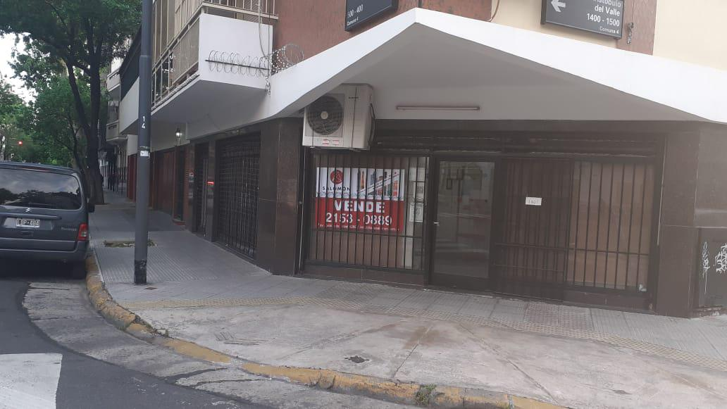 Foto Local en Venta en  Barracas ,  Capital Federal  ARISTOBULO DEL VALLE al 1400