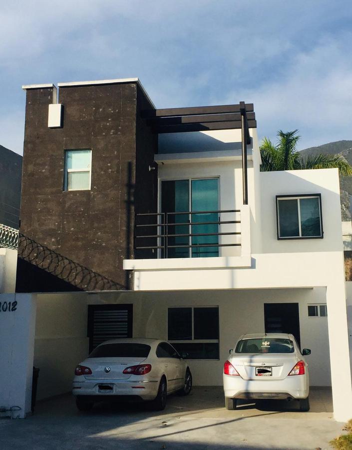 Foto Casa en Venta en  Residencial de la Sierra,  Monterrey  Casa en Venta en Residencial de la Sierra Zona Carretera Nacional (LJGC)