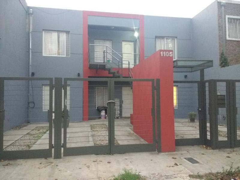 Foto Departamento en Alquiler en  Ituzaingó ,  G.B.A. Zona Oeste  Trole al 1100