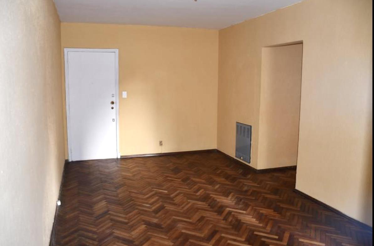 Foto Apartamento en Alquiler en  Villa Biarritz ,  Montevideo  Ellauri al 700