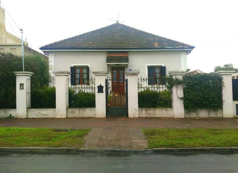 Foto Casa en Venta en  Ituzaingó,  Ituzaingó  Olavarria 300
