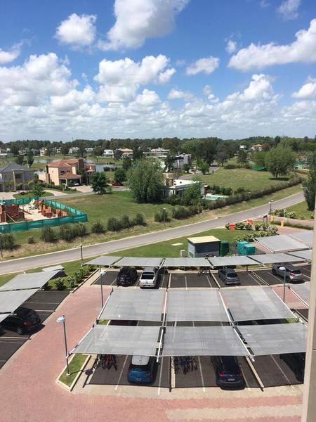 Foto Departamento en Venta en  Terralagos,  Countries/B.Cerrado (Ezeiza)  Venta - Departamento amoblado en Terralagos
