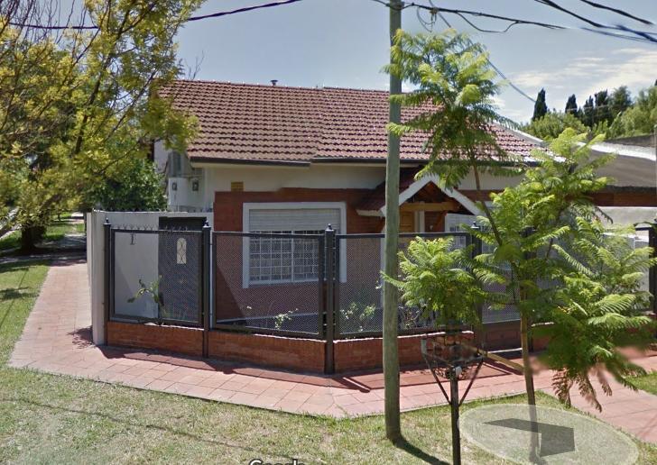 Foto Casa en Venta |  en  Adrogue,  Almirante Brown  TIGLIO al 300