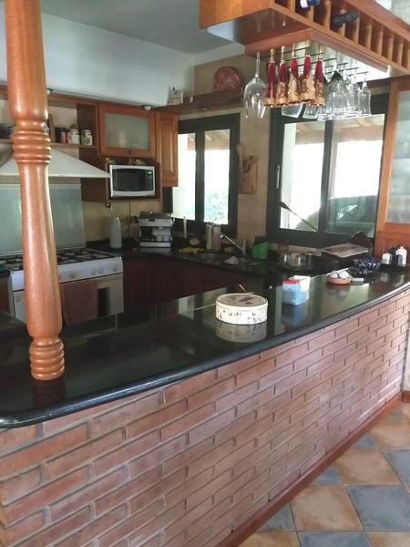 Foto Casa en Venta | Alquiler en  Saint Thomas,  Countries/B.Cerrado (E. Echeverría)  Venta/Alquiler Anual - Casa en Saint Thomas Sur - Canning