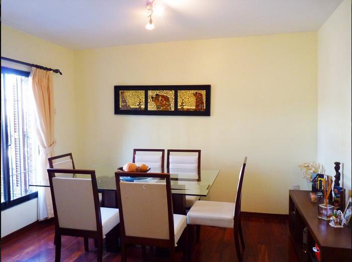 Foto Casa en Venta en  Malvín ,  Montevideo  Tres dorm y servicio, zona preciosa