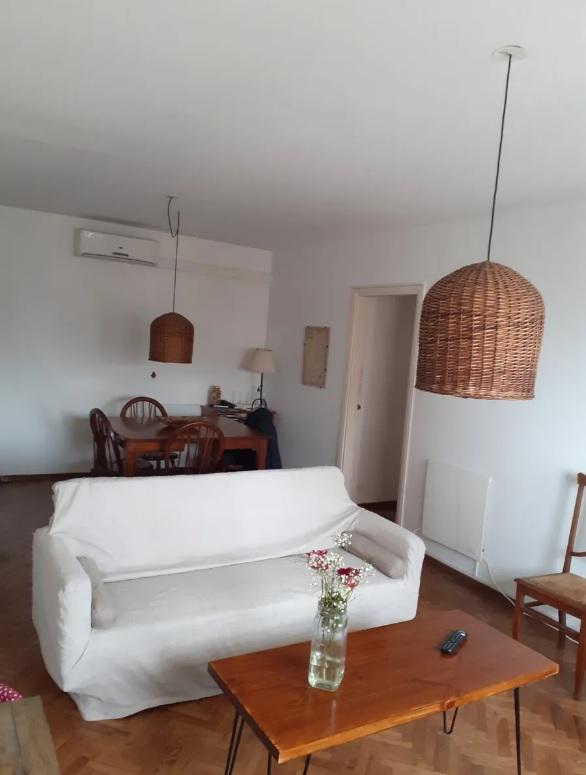 Foto Apartamento en Alquiler en  Centro (Montevideo),  Montevideo  Wilson  Ferreira Aldunate 1106/302