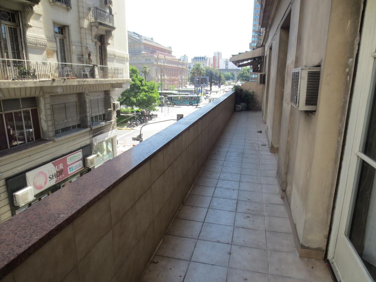 Foto Departamento en Venta en  San Nicolas,  Centro  Viamonte al 900