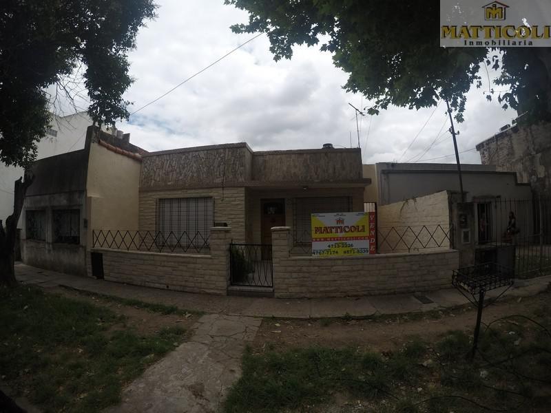 Foto Casa en Venta en  Villa Ballester,  General San Martin  Balcarce al 3975