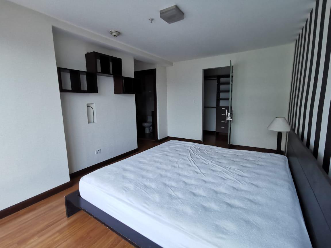 Foto Departamento en Renta en  Hospital,  San José  Paseo Colon/ Apartamento de 2 habitaciones / Semi amueblado / Vista/ Ubicación