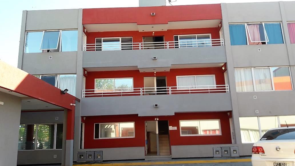 Foto Departamento en Alquiler en  Melchor Romero,  La Plata  518 e/  181 y 181 bis