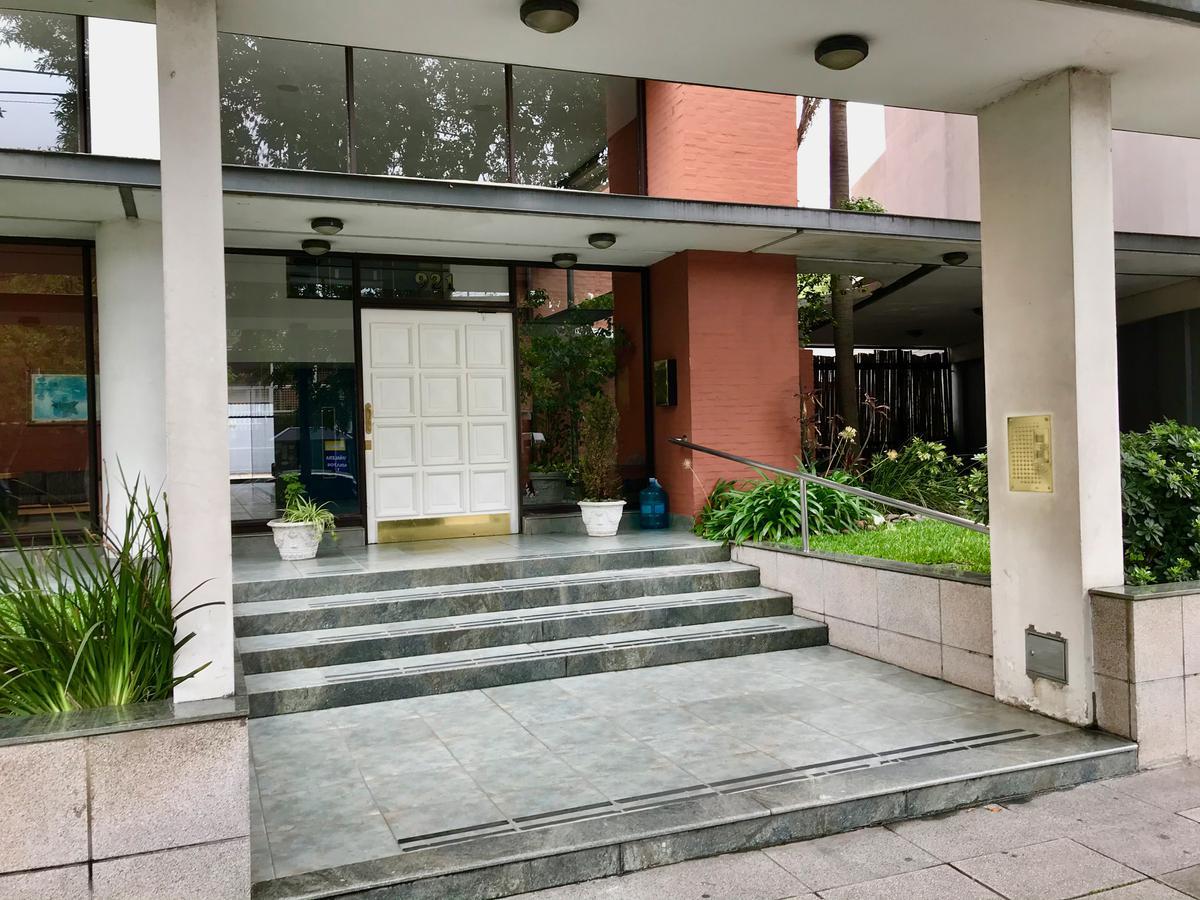 Foto Departamento en Alquiler | Alquiler temporario en  Beccar-Vias/Libert.,  Beccar  Av. Centenario 921, Beccar, San Isidro