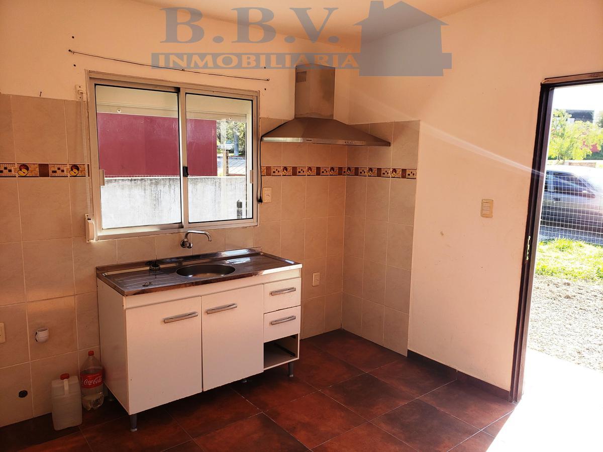 Foto Casa en Venta en  Colonia del Sacramento ,  Colonia  CASA DE UN DROMITORIO FRENTE CERP