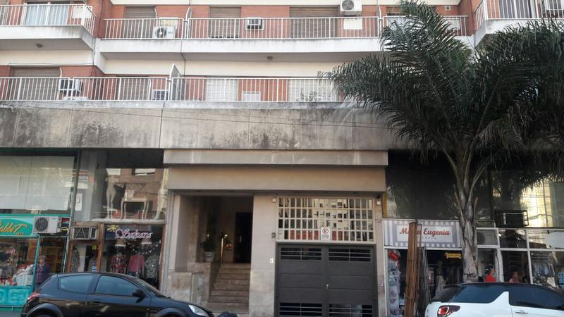 Foto Departamento en Alquiler en  Lomas De Zamora,  Lomas De Zamora  Gorriti al 100