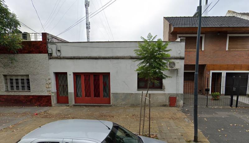 Foto Terreno en Venta en  Liniers ,  Capital Federal  Acassuso al 6200