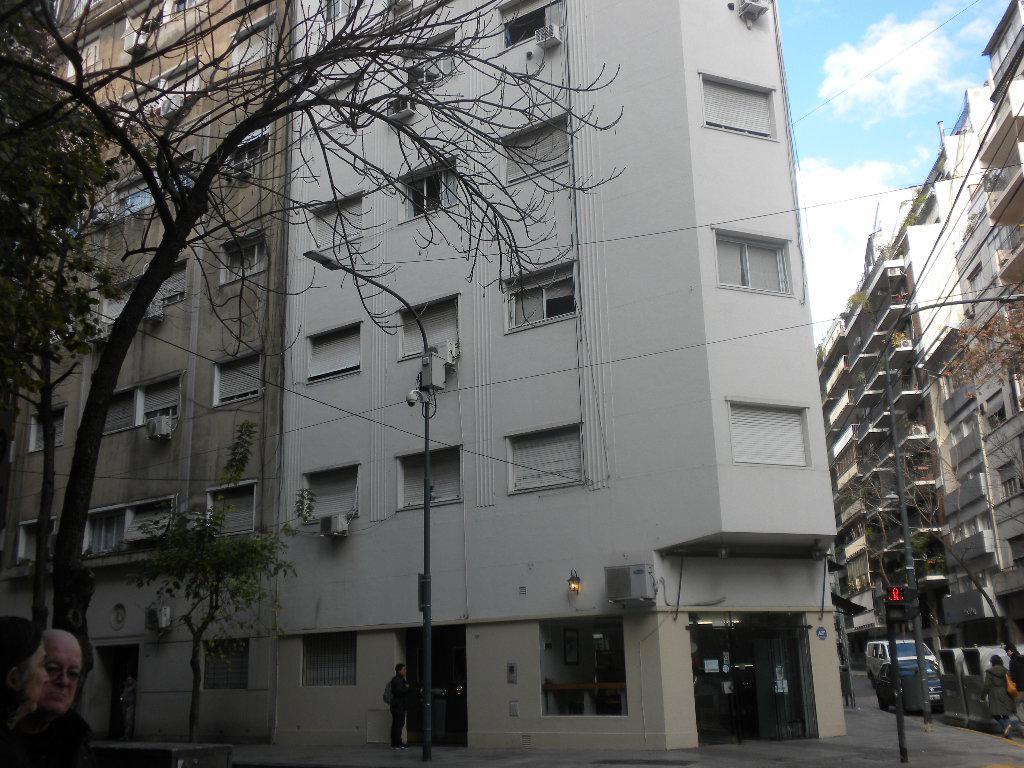 Foto Departamento en Venta en  Barrio Norte ,  Capital Federal  Peña 2170 2º C