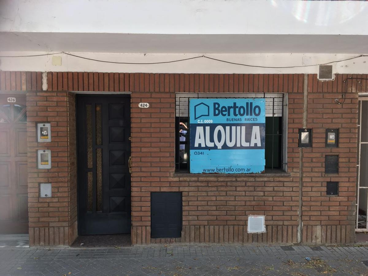 Foto Departamento en Alquiler en  Luis Agote,  Rosario  LAVALLE al 400