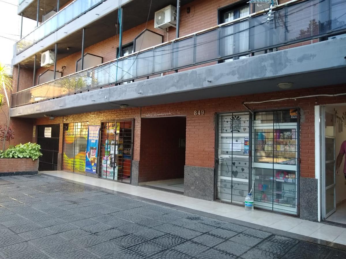 Foto Departamento en Alquiler en  San Miguel De Tucumán,  Capital  Simon bolivar al 800
