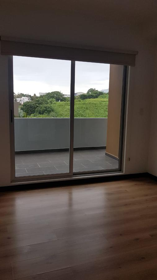 Foto Departamento en Renta en  Mata Redonda,  San José  Sabana / Vista / Iluminado/ 1 habitación