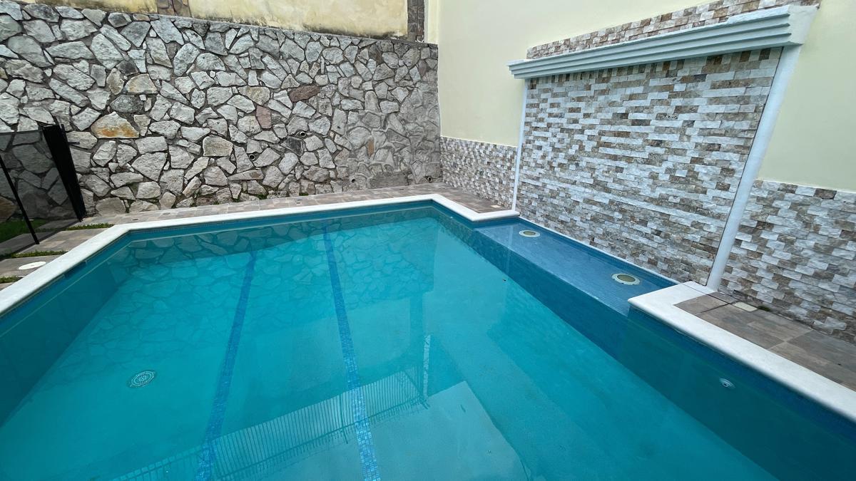 Foto Casa en Venta   Renta en  Lomas del Mayab,  Tegucigalpa  Amplia Residencia con Piscina en Lomas del Mayab, Tegucigalpa
