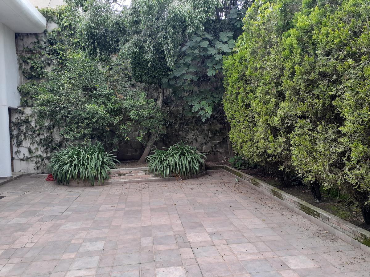 Foto Casa en Venta en  Bosques de la Herradura,  Huixquilucan  Casa para remodelar en Bosques de la Herradura