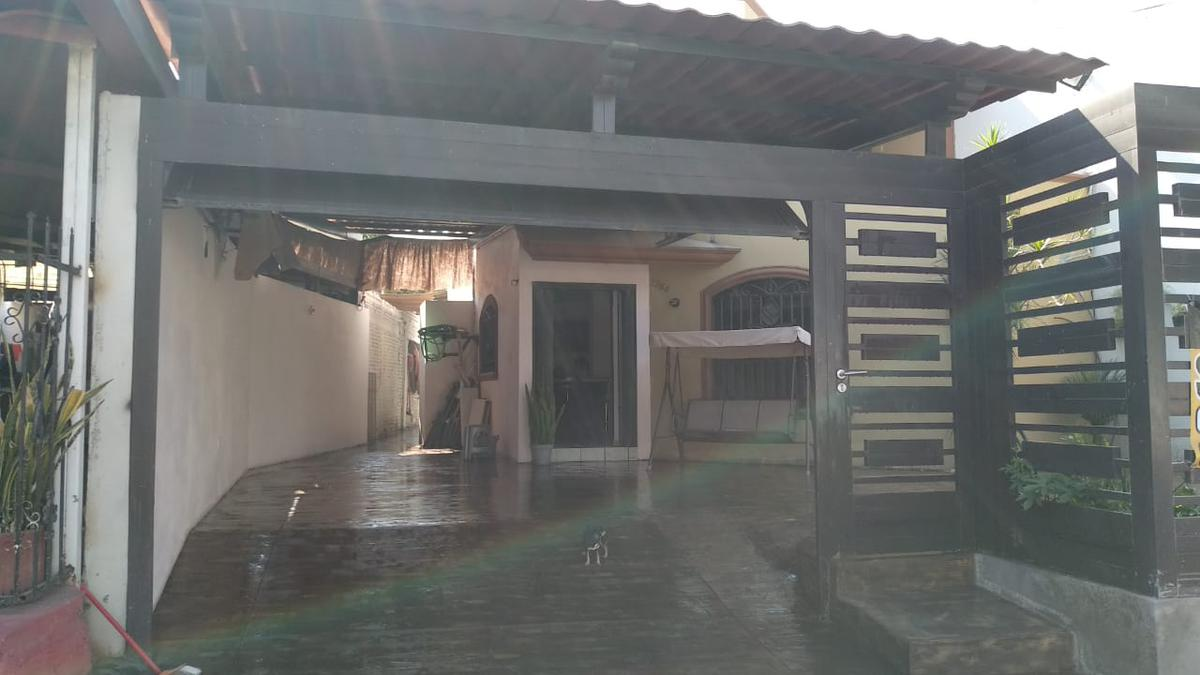 Foto Casa en Venta en  Culiacán ,  Sinaloa  CASA EN VENTA EN  COLONIA TIERRA BLANCA CULIACAN SINALOA