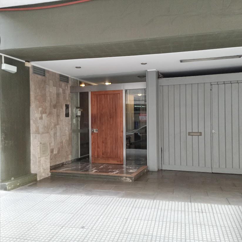 Foto Departamento en Alquiler en  Recoleta ,  Capital Federal  Talcahuano al 1200