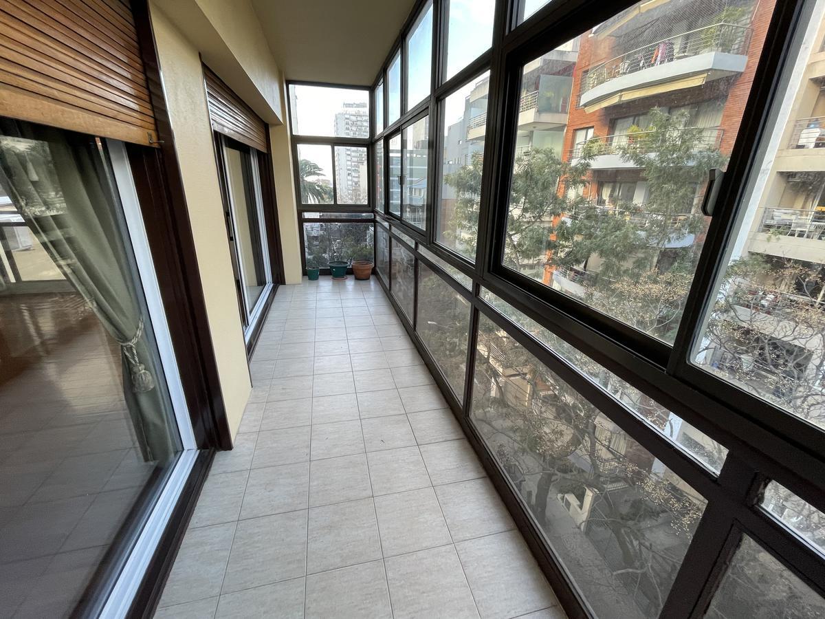 Foto Departamento en Venta   Alquiler en  Olivos-Vias/Maipu,  Olivos  Sturiza al 600