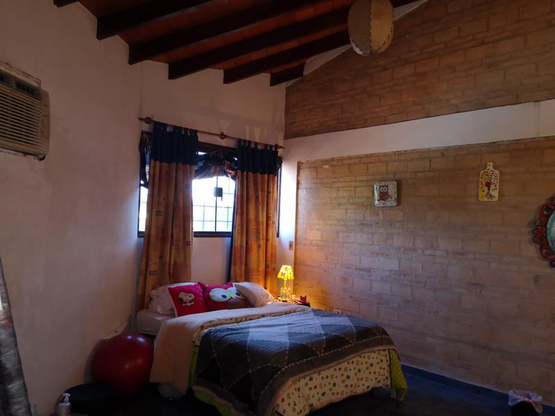 Foto Casa en Venta en  Lambaré,  Lambaré  Zona Club Guaraní
