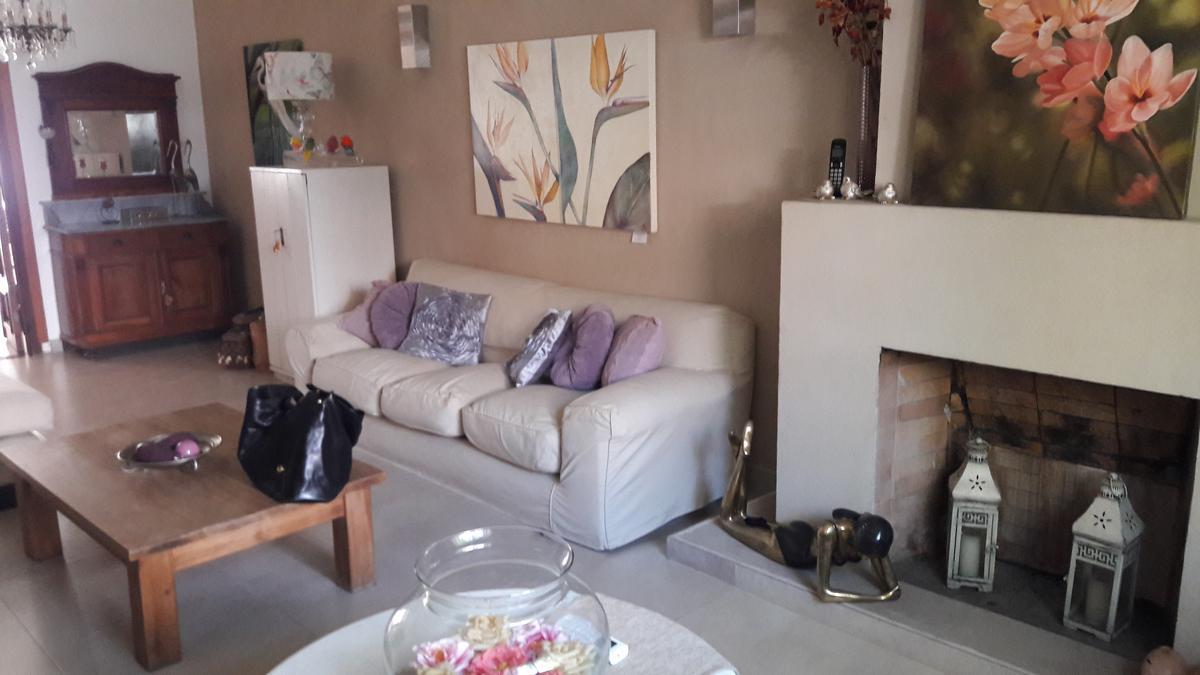 Foto Casa en Venta en  Mart.-Vias/Libert.,  Martinez  Las Heras al 2300