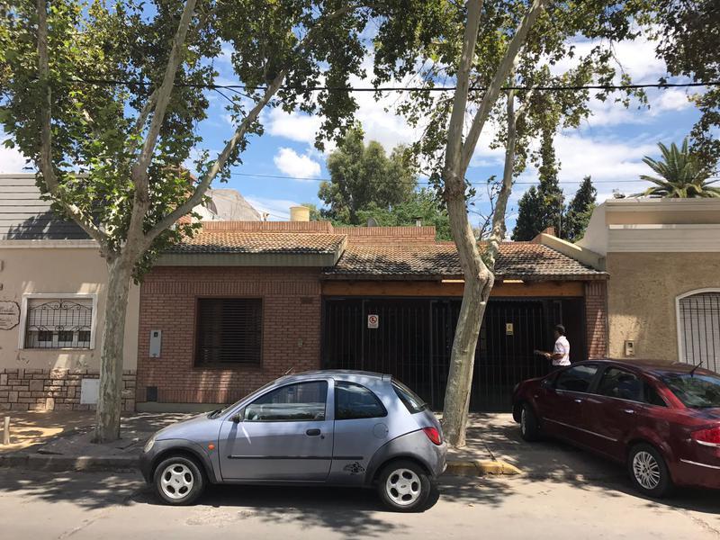 Foto Casa en Venta en  Capital ,  San Juan  Alem al 600