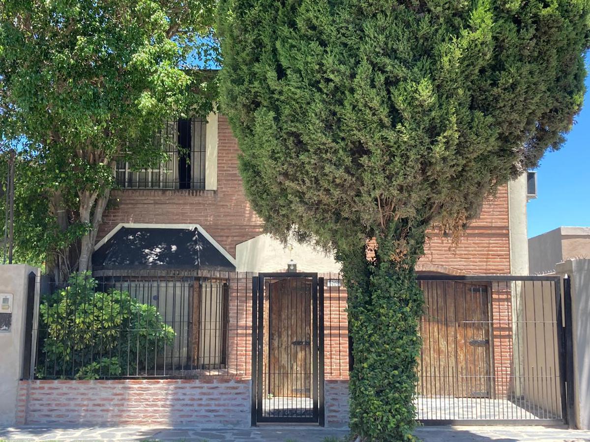 Foto Casa en Venta en  Rafael Calzada,  Almirante Brown  Capilla del Señor al 1500