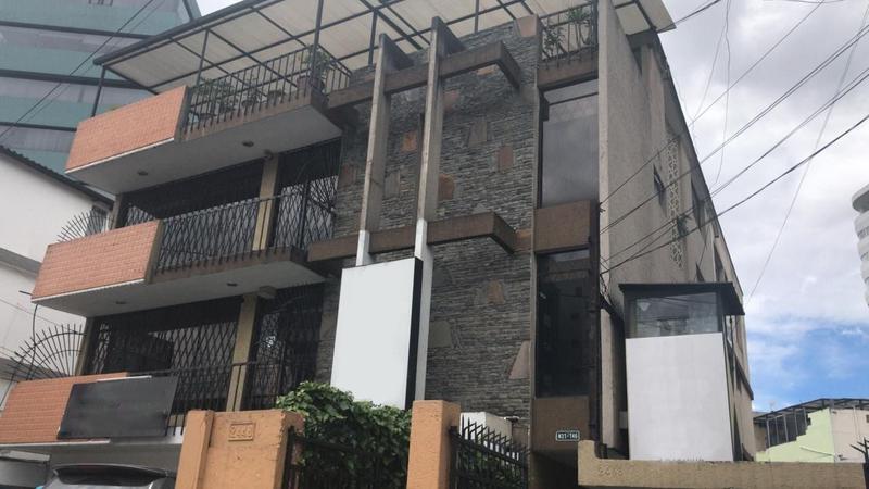 Foto Terreno en Venta en  Centro Norte,  Quito  Terreno de venta; Av Amazonas cerca del Mall El Jardín