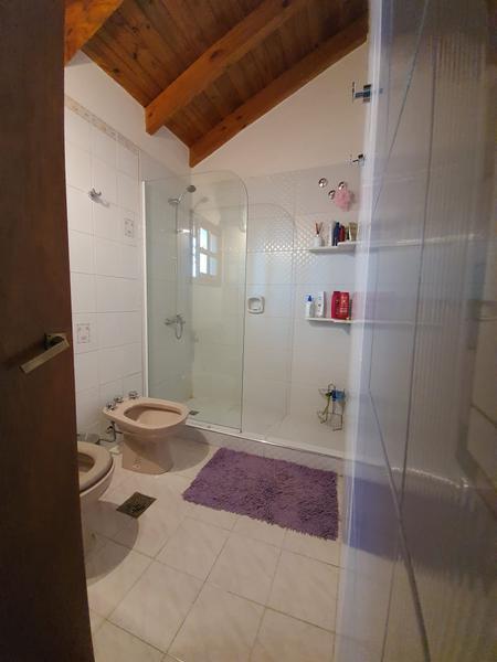 Foto Casa en Venta en  Santa Genoveva ,  Capital  DUPLEX ISLAS MALVINAS al 1000
