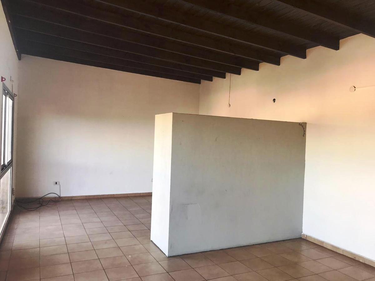 Foto Departamento en Alquiler en  Ituzaingó ,  G.B.A. Zona Oeste  Espinosa al 500