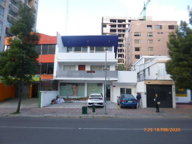 Foto Local en Venta en  Centro Norte,  Quito  6 de diciembre e Irlanda