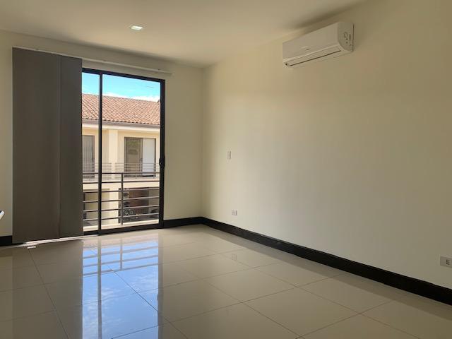 Foto Casa en condominio en Venta en  Brasil,  Santa Ana  Brasil de Santa Ana/ Espectacular Condo/ Múltiples amenidades/ Solo Inversionista