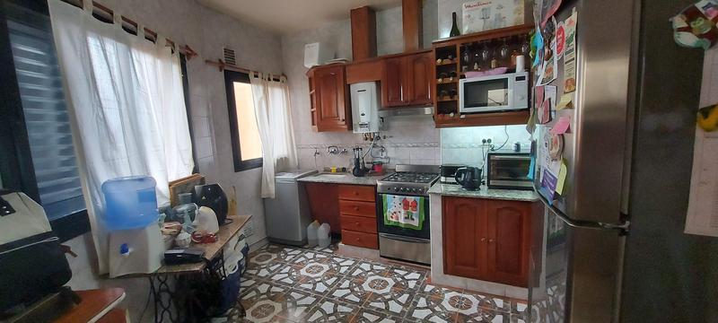 Foto Casa en Venta en  Capital ,  Tucumán  ENTRE RIOS al 700