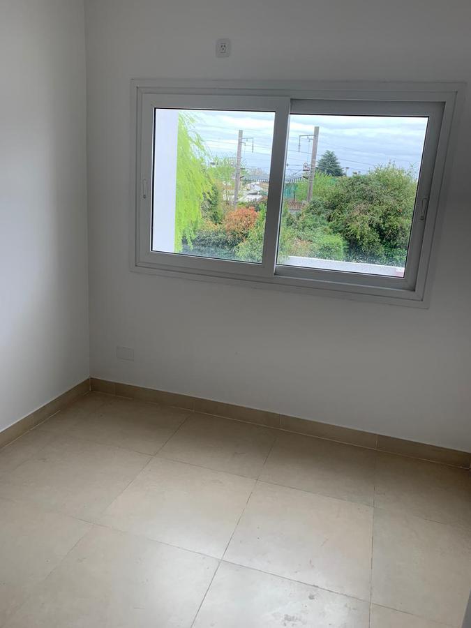 Foto Casa en Venta en  Adrogue,  Almirante Brown  Bouchard 651