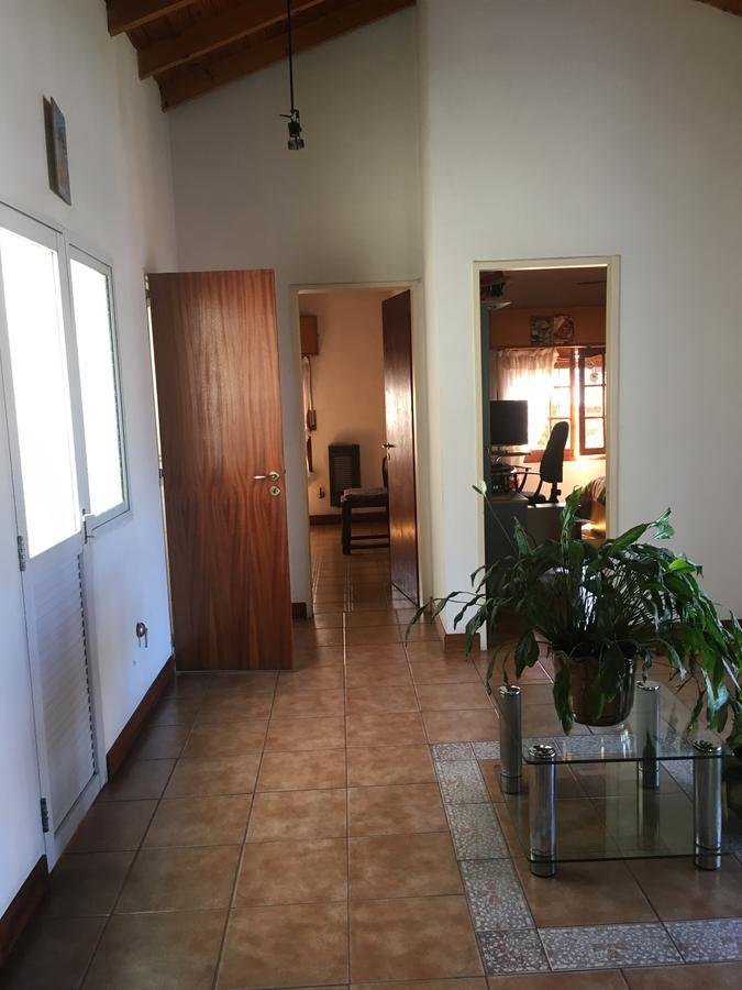 Foto Casa en Venta en  Burzaco Este,  Burzaco  LA QUERENCIA  al 1300