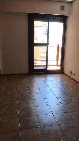 Foto Departamento en Alquiler en  Rosario,  Rosario  San Martín 587  8°