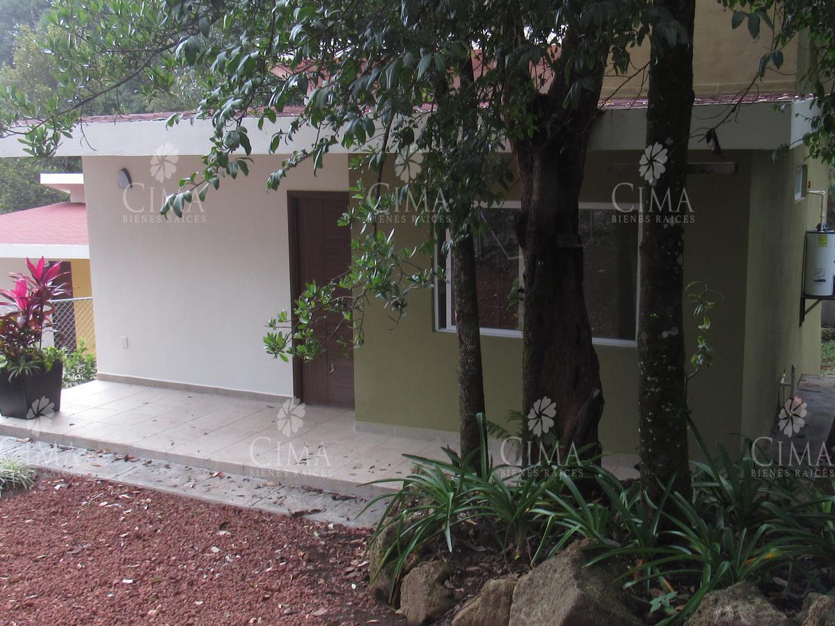 Foto Casa en Venta en  Fraccionamiento San José de La Montaña,  Huitzilac  CASA NUEVA DE UN NIVEL EN EL BOSQUE- V133